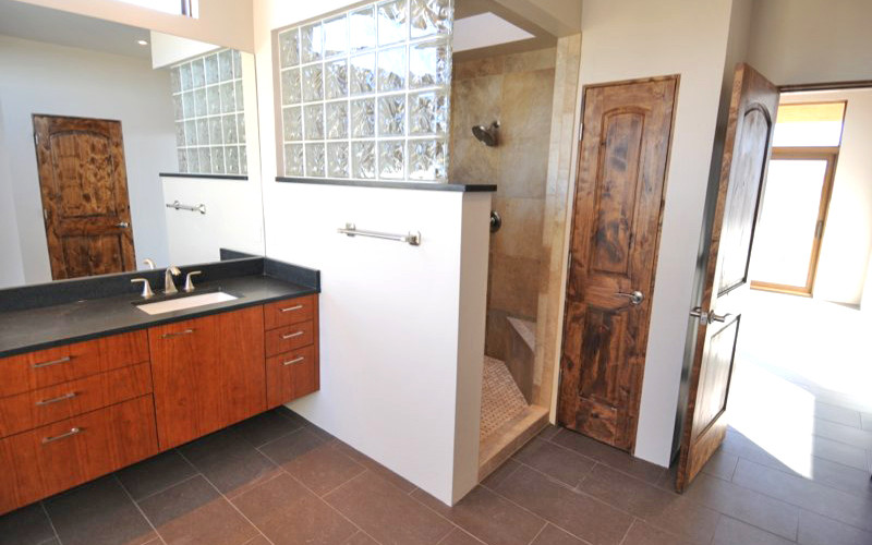 Placitas NM bathroom interior
